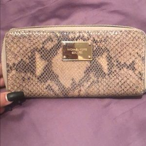 Michael Kors Snakeskin wallet used!
